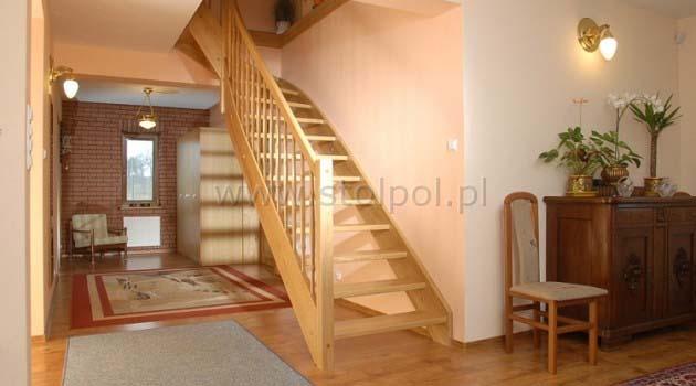 schody zabiegowe samonośne