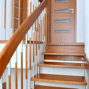 schody policzkowo-sztycowe 009.04